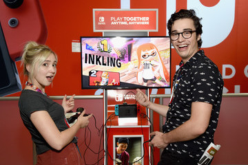Audrey Whitby Nintendo Hosts Celebrities At 2018 E3 Gaming Convention