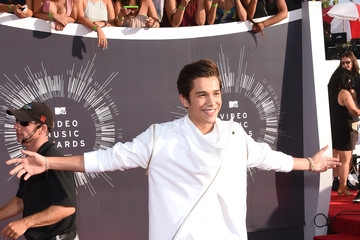 Austin Mahone Arrivals at the MTV Video Music Awards — Part 2