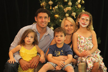 William Hussey Australian Cricket Team Celebrate Christmas