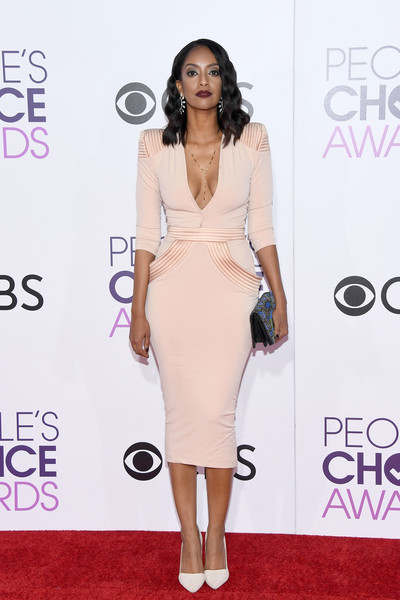 People's Choice Awards 2017 - Arrivals [fashion model,flooring,shoulder,joint,catwalk,carpet,fashion,cocktail dress,dress,red carpet,peoples choice awards,microsoft theater,los angeles,california,azie tesfai,arrivals]