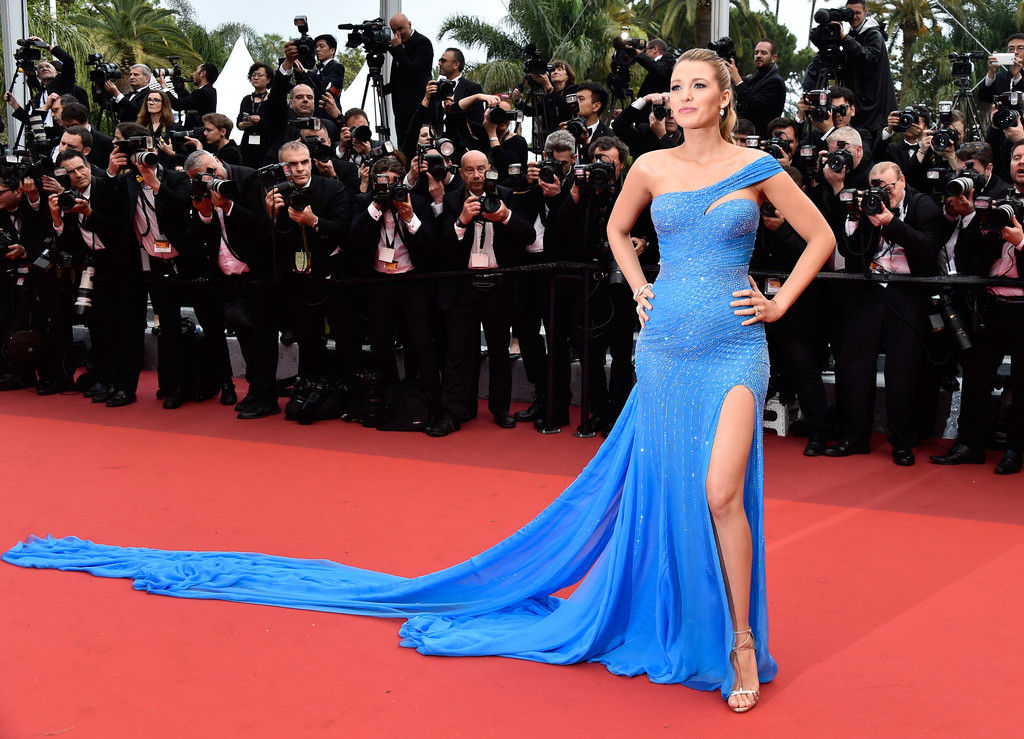 7ce3a1effd0 Blake Lively Photos Photos -  The BFG  - Red Carpet Arrivals - The ...