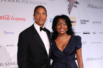 Janice Savin Williams BLUE Scholarship Gala To Benefit Spelman College - Red Carpet