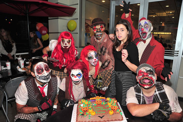 Bailee Madison Bailee Madison Celebrates Her Sweet 16 Birthday at Knott's Scary Farm