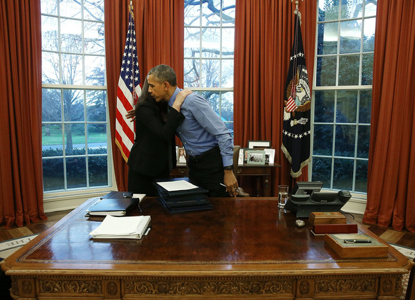 obamas oval office. President Obama Signs Bills In The Oval Office Of White House Obamas