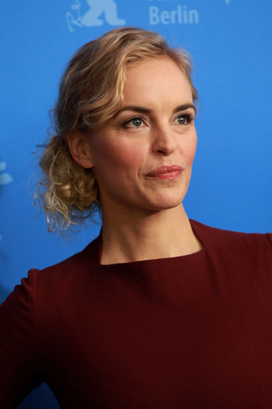 nina hoss husband