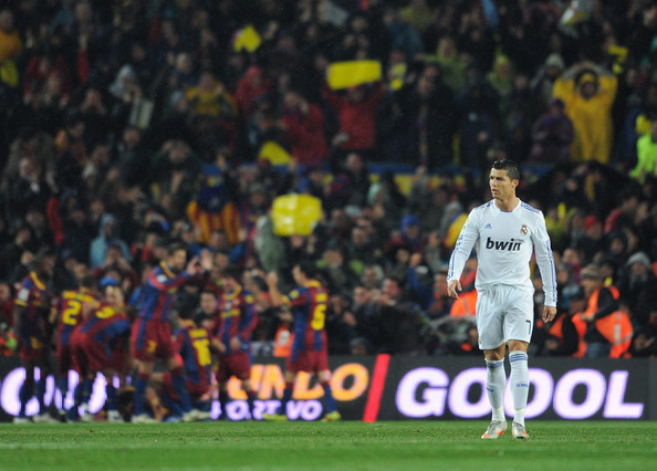real madrid vs barcelona live score. Barcelona v Real Madrid - La