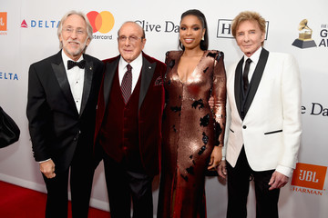 Barry Manilow Clive Davis and Recording Academy Pre-GRAMMY Gala - Red Carpet