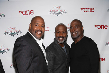 Bebe Winans TV One's One Christmas Holiday Variety Special