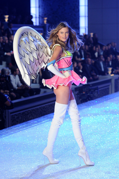 Behati Prinsloo Photos Photos - 2011 Victoria's Secret ...