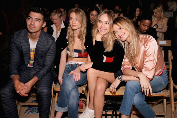 8c4bce33f46cd7 Tommy Hilfiger Women s - Front Row - Spring 2016 New York Fashion Week  The  Shows