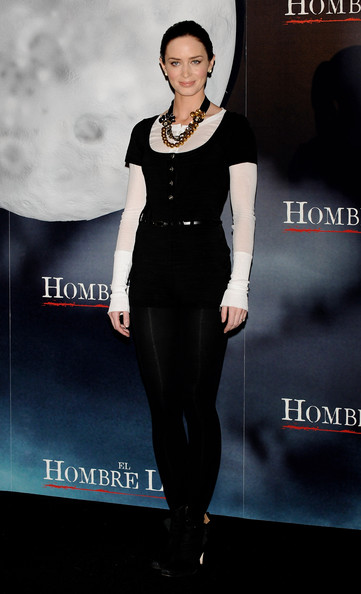 "Emily Blunt Actress Emily Blunt attends a photocall for ""El Hombre Lobo"" (The Wolfman) at the Santo Mauro Hotel on February 4, 2010 in Madrid, Spain."