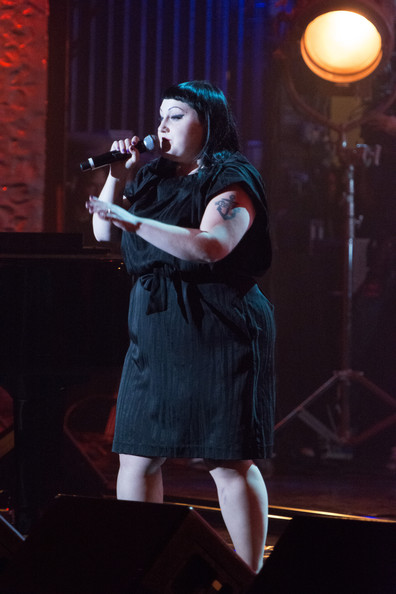 Beth Ditto Photos - Musicians Honor Edith Piaf in NYC - 209