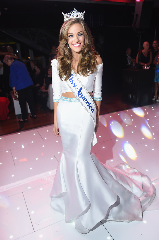 betty cantrell, miss america 2016. - Página 2 Betty+Cantrell+2016+Official+Miss+America+7jWlT61bw9Hx