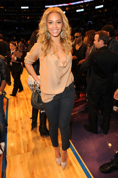 Beyonce Knowles - 2011 NBA All-Star Game - Performances And Celebrities