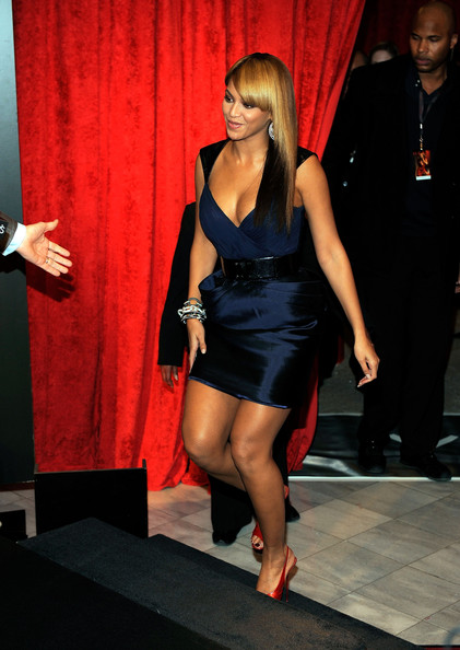 "Beyonce Knowles - Beyonce Launches Her Fragrance ""Heat"" At Macy's Herald Square"
