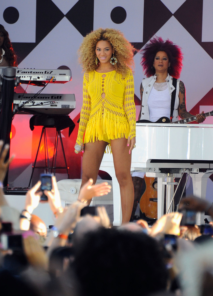 Good Morning America Abc : Beyonce knowles photos performs on abc s