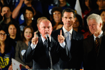 Gavin Newsom Jerry Brown Bill Clinton Campaigns For Jerry Brown