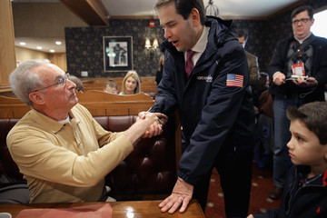 Bill Stewart Marco Rubio Campaigns Ahead of New Hampshire Primary