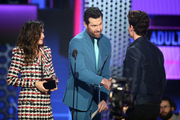 Billy Eichner 2018 American Music Awards - Fixed Show
