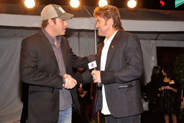 Rodney Atkins Billy Ray Cyrus and The Country Music Association Lend Voice To DRIVE4COPD At The 44th Annual CMA Awards