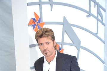 Billy Ray Cyrus Billy Ray Cyrus And The Country Music Association Lend Voice To DRIVE4COPD At The 44th Annual CMA Awards