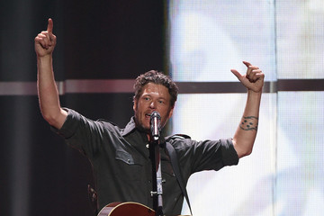 Blake Shelton 2015 iHeartRadio Music Festival - Night 2 - Show