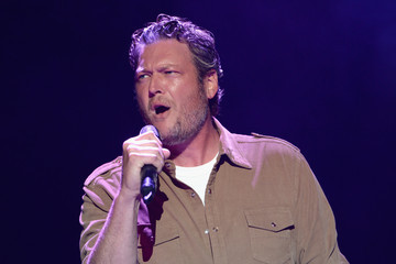 Blake Shelton Musicians Perform at Big Barrel Country Music Festival 2015