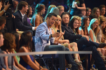 Blake Shelton 2014 CMT Music Awards - Backstage & Audience