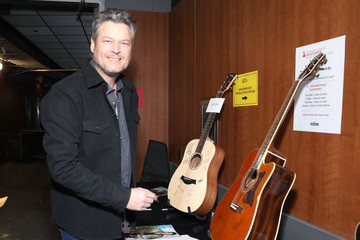 Blake Shelton 62nd Annual GRAMMY Awards - GRAMMY Charities Signings Day 2