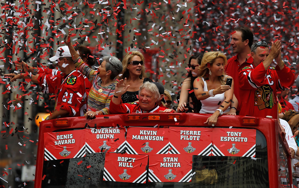 Bobby Hull Photos - Chicago Blackhawks Victory Parade - Zimbio