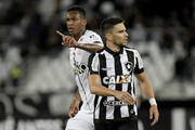 Jo (L) of Corinthians celebrates a scored goal during the match between Botafogo and Corinthians as part of Brasileirao Series A 2017 at Engenhao Stadium on October 23, 2017 in Rio de Janeiro, Brazil.