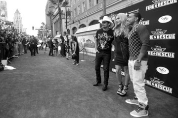Brad Paisley Kesha 'Planes: Fire & Rescue' Premieres in Hollywood