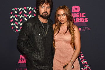Brandi Glenn Cyrus 2016 CMT Music Awards - Red Carpet