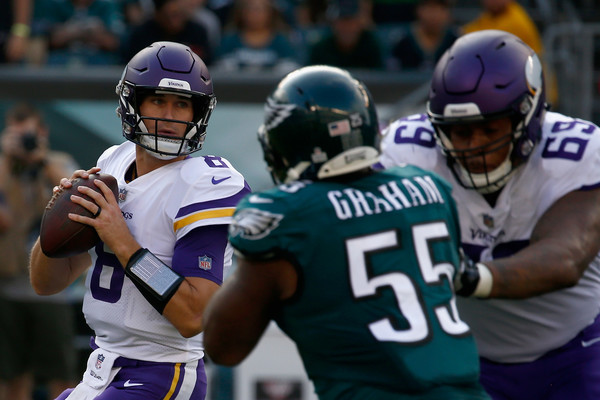 http://www1.pictures.zimbio.com/gi/Brandon+Graham+Minnesota+Vikings+vs+Philadelphia+3kLrUlIZh8ml.jpg