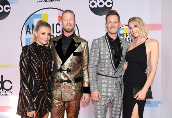 2018 American Music Awards - Red Carpet [red carpet,fashion,yellow,event,eyewear,premiere,award,carpet,fashion design,red carpet,flooring,brittney marie cole,tyler hubbard,hayley hubbard,brian kelley,american music awards,los angeles,california,l,florida georgia line]