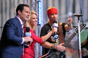 Brian Kilmeade Bret Michaels Performs in NYC