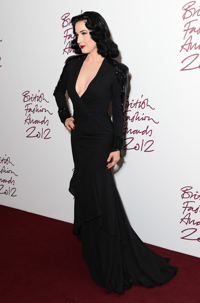 Dita Von Teese and British Fashion Awards (#2847412 ...
