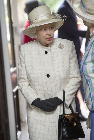 Queen Elizabeth II attends the Windsor Greys Statue unveiling on March 31, 2014 in Windsor, England. The statue marks 60 years of The Queen's Coronation in 2013 and the important role played by Windsor Greys in the ceremonial life of the Royal Family and the Nation.