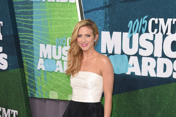 Brittany Snow 2015 CMT Music Awards - Arrivals