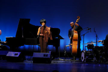 Nnenna Freelon The Broad Stage Announces Its 2010-2011 Schedule