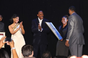 """Angela Bassett Samuel L. Jackson Broadway's """"The Mountaintop"""" Receives City Proclamation In Honor Of Martin Luther King Jr. Day"""