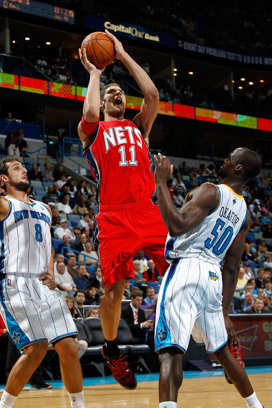 classic fit a1d06 1a8a8 Brook Lopez Photos Photos - New Jersey Nets v New Orleans ...