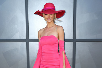 Brooke Hogan Celebrities Attend Oaks Day
