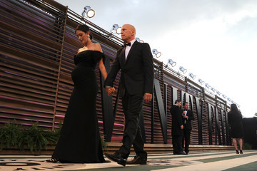 Bruce Willis Stars at the Vanity Fair Oscar Party