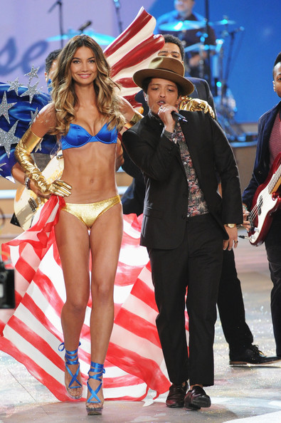 Bruno Mars Victoria's Secret Fashion Show 2012 Victoria s Secret Fashion