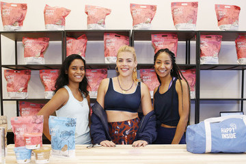 Busy Philipps Hi! Happy Inside Gut Check Gym With Busy Philipps