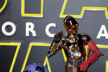 C-3po 'Star Wars: The Force Awakens' - European Film Premiere - Red Carpet Arrivals