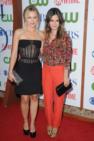 Actresses Kristen Bell and Rachel Bilson arrive at the TCA Party for CBS, The CW and Showtime held at The Pagoda on August 3, 2011 in Beverly Hills, California.