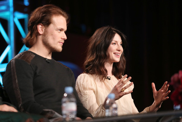 Caitriona Balfe and Sam Heughan. . Wallpaper and background images in ...