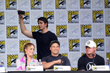 Caity Lotz Comic-Con International 2017 - DC 'Legends Of Tomorrow' Special Video Presentation And Q+A